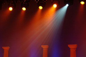 Stage lights with columns